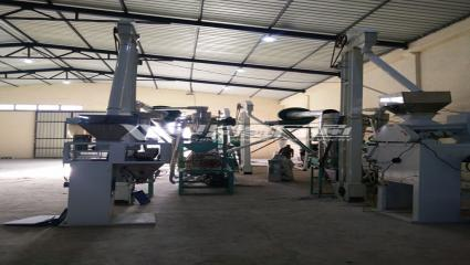 Uganda 20-30Ton/day Small Scale Maize Flour Milling Machine